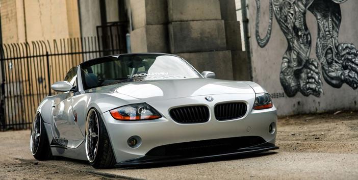 BMW offre un petit luxe avec son modèle coupé Z4 E86